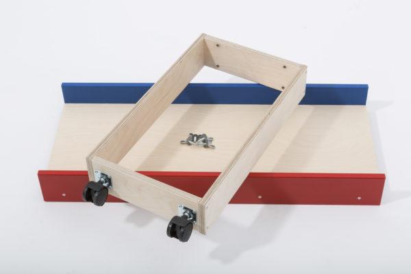 Dieses Verlängerungsteil für die Kegelbahn Kugelmax lässt sich bequem als Ersatzteil oder Zusatzteil werzeuglos an dei Kegelbahn Kugelmax anbauen.